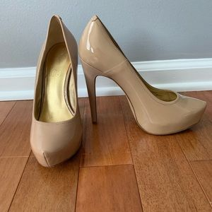 Jessica Simpson Shoes - Jessica Simpson Nude Patent Leather Heels